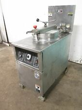 """B.K.I - LPF-F48"" HD COMMERCIAL LARGE CAPACITY 208V 3Ph ELECTRIC PRESSURE FRYER"