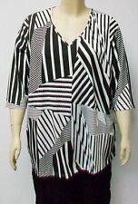 NAIS,DANISH DESIGN ,BLACK AND WHITE PATTERN TUNIC, THEIR SIZE EXTRA LARGE.