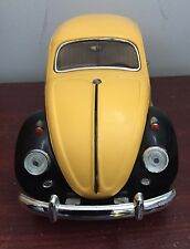MODEL Volkswagen Beetle Bug 1967 1:18 Yellow Diecast Car Toy Doors Open