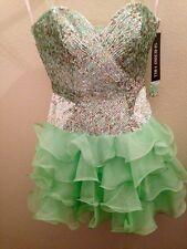SHERRI HILL Sequined Cocktail dress light green SIZE 4 NWT NEW YEARS EVE Prom