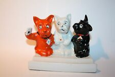 Vintage Three 3 Dogs Playing Cards Toothbrush Holder