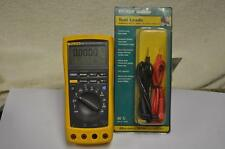 Fluke 187 True RMS Multimeter w/ Leads