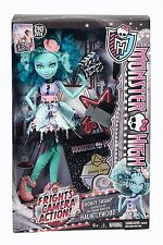 NEW MONSTER HIGH FRIGHTS CAMERA ACTION HONEY SWAMP   6+  MATTEL