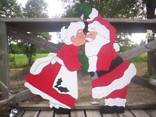 KISSING SANTA and MRS. * 2 pc. * Christmas Yard  Art