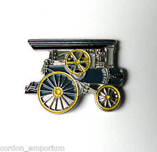 RUSSELL STEAM TRACTION ENGINE RAILROAD PIN BADGE 1 INCH