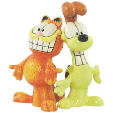 Garfield the Cat and Friend Odie Ceramic Salt and Pepper Shakers Set, NEW UNUSED