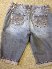 Nine West Jean Shorts Capri Size 12 Average Cool Pocket Design