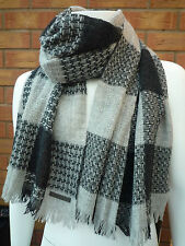 HUGO BOSS ORANGE LABEL GREY/CHARCOAL CHECK VIRGIN WOOL SCARF BNWT RETAIL £75