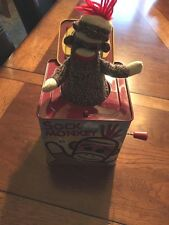 Schylling SOCK MONKEY Musical Pop Goes the Weasel Jack in the Box toy 2008