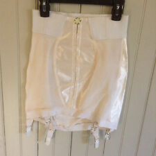 Vintage 2110 Figurettes open bottom girdle w/ 6 garters