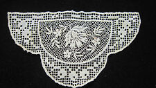 Old piece of lace 7cm high 10 cm long