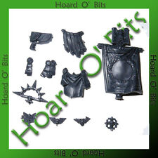 WARHAMMER 40K BIN BITS SPACE MARINE COMMANDER - BANNER and ICONS