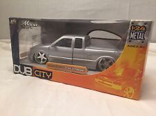 Jada Toys 2003 Dub City Silver Chevrolet S-10 Xtreme 1:24 Diecast Truck