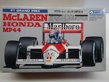 Gunze Sangyo 1:24 Scale McLaren Honda MP4/4 Model Kit Motorisable Alain Prost