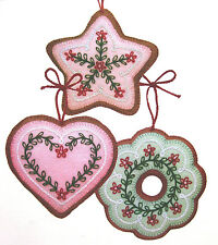 FELT COOKIE CHRISTMAS TREE ORNAMENTS - VINTAGE SEWING PATTERNS