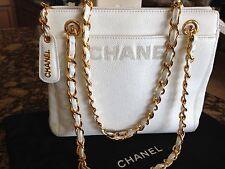 Auth CHANEL Chain Shoulder Bag Handbag Caviar Leather Women's Vintage White Gold