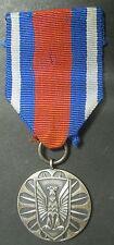POLOGNE - Médaille de Mérite pour La Défense de l'Ordre Public
