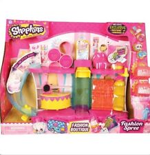 Shopkins Fashion Boutique Play set INCLUDES exclusive + 2 shopkins + 2 bags