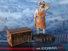 1/32 Corgi BATTLE OF TRAFALGAR Ships Surgeon  CC5148 hand-painted metal figures