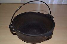 Vintage Antique Wagner Ware Cast Iron Kettle Pot Pan w/ Handle 2 quart