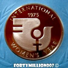 UNITED NATIONS: 1975 INTERNATIONAL WOMEN'S YEAR .925 Ag PROOF MEDAL/FIRST DAY