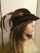 Vintage 40's LUCILA TENDERY Chocolate Brown Felt Ladies Hunting Hat w Feathers