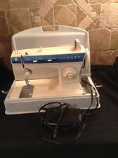 Vintage SINGER 288 Sewing Machine ESTATE FIND Tested Works Fashion Mate