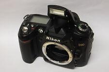 Nikon D90 Gehäuse ( ohne Objektiv ) gebraucht D 90 Body  11823 Auslösungen