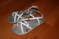 NWT Gymboree Cherry Blossom Size 9 White Shimmer Silver Strappy Sandals Shoes