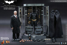 "BATMAN ARMORY WITH ALFRED PENNYWORTH THE DARK KNIGHT 1/6 12"" FIGUR HOT TOYS"