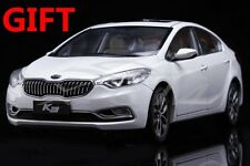 Car Model KIA K3 1:18 (White) + SMALL GIFT!!!!!!!!!!!