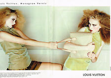PUBLICITE ADVERTISING 055  1998  LOUIS VUITTON   sacs MONOGRAM ( 2p)