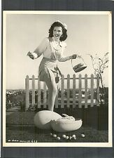 ANN MILLER COLLECTS EGGS FROM THE EASTER BUNNY - EXC COND 1946 DBLWT - RABBIT