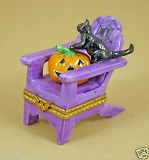 NEW HALLOWEEN FRENCH LIMOGES BOX LAWN CHAIR WITH BLACK CAT PUMPKIN & SPIDER WEB