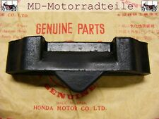 Honda CB 750 Four K0 K1 K2 Tankgummi Cushion, fuel tank rear