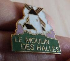 BEAU PIN'S VILLE VILLAGE SITE TOURISTIQUE LE MOULIN DES HALLES EGF