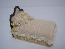 SIGNED JUDEE WILLIAMSON DOLLHOUSE MINIATURE OOAK BED w LACE EDGE 1/2 SCALE 1/24