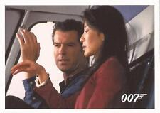 """James Bond Archives 2014 - """"Tomorrow Never Dies"""" Chase Card #050"""
