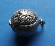 VINTAGE HEAVY 6 GRAM FOOTBALL OPENS TO FA CHAMPION CUP STERLING SILVER CHARM
