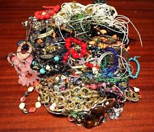 UNSORTED MIXED VINTAGE MODERN GOLD & SILVERTONE JEWELRY 10 LB BIG LOT #CON40028