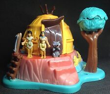 Polly Pocket Mini ��  1995 - Disney Pocahontas Powhatan Home - Bluebird