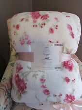 Simply Shabby Chic KING Size COZY 2 Ply Blanket ROSES Rachel Ashwell NWT NEW
