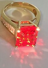 14K Yellow Gold Orange  Carnelian Ring Sz 5  7.4 gr.