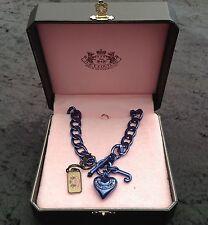 Nuevo En Caja Juicy Couture Nuevo Genuino Azul Cadena Enlace collar de declaración con T. Bar cerca