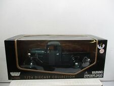 1/24 SCALE MOTORMAX GREEN 1937 FORD PICK UP