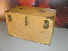 BRASS CORNERS VINTAGE BLOND WOOD CARPENTER TOOL STORAGE CHEST WOODEN BOX