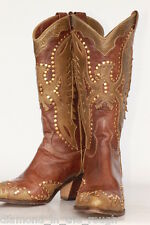 Beautiful El Vaquero Made in ITALY Studded Eagle cutout boots 7 M In Excell Cond