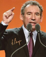 AUTOGRAPHE SUR PHOTO 20 x 25 de François BAYROU (signed in person)