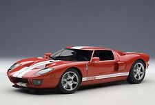 1:18 AUTOART FORD GT 2004 (RED/WITH WHITE STRIPES) - Rot