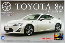 Aoshima 10051 Toyota 86 GT Limited 2012 Satin White Pearl 1/24 (Pre-painted)